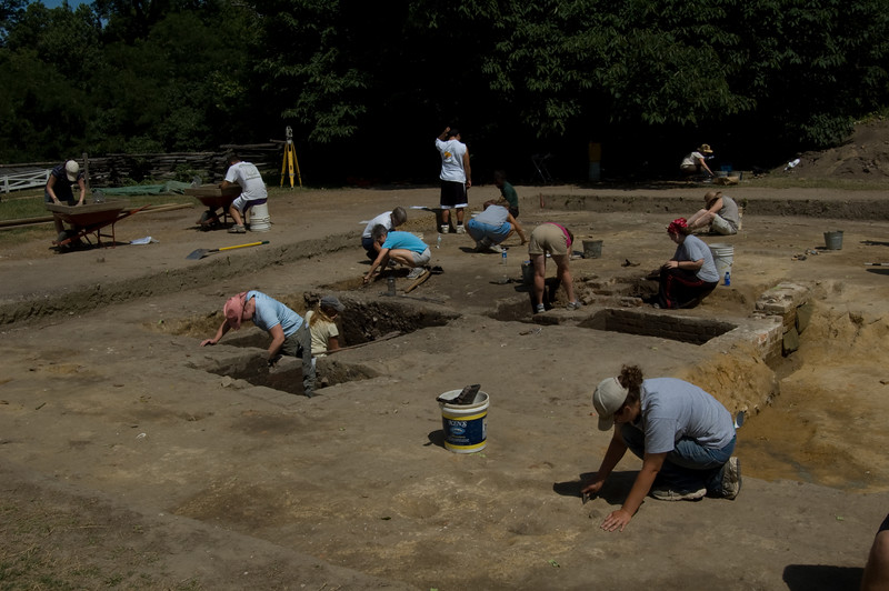Archeologists working at Colonial Williamsburg