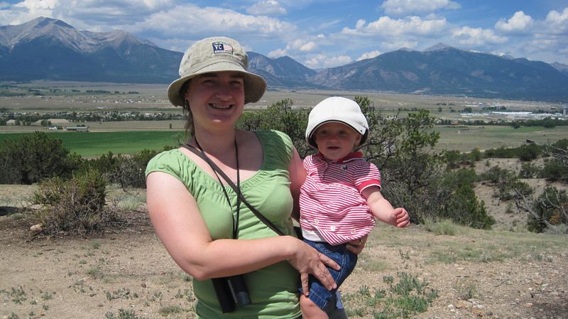 July13, 2012 (Collegiate Peaks Overlook / Buena Vista, Chaffee County, Colorado) -- Katie & Ada in front of Mount Yale [Ada's wearing David's hat]