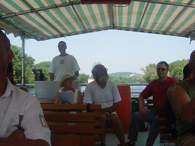 My mother occasionally guides boating tours on the Lot. We joined her on one tour.