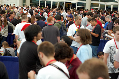 This is the crowd waiting to get into the exhibit hall, yikes!