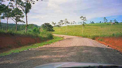 A typical dirt road and at this point in good condition