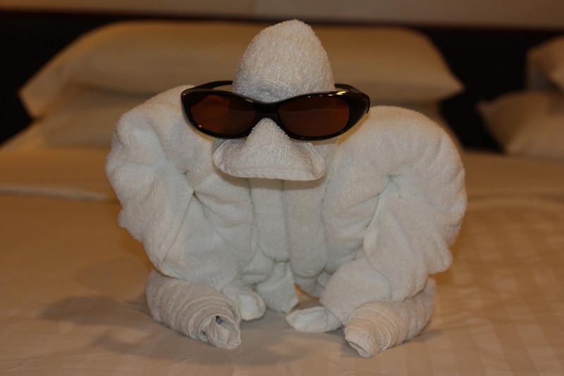 Another towel sculpture.