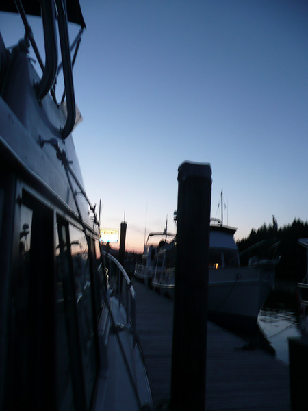 Dusk at Thetis Island Marina / Telegraph Harbour