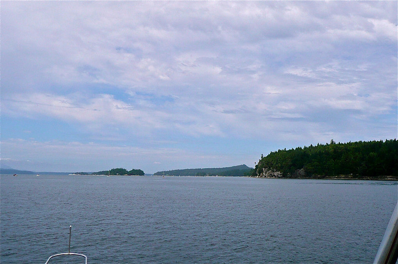 Just ahead Thetis Island
