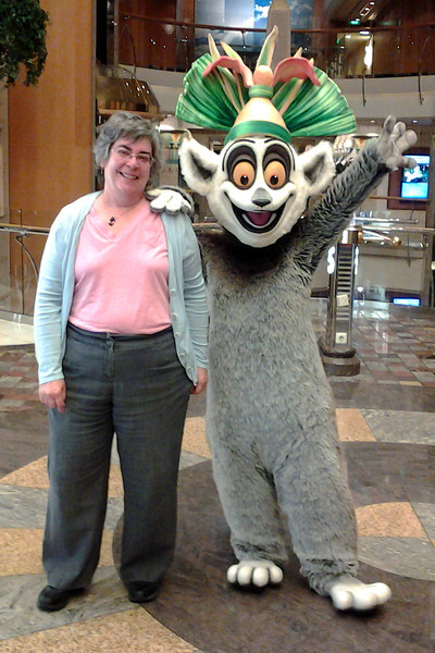 Candy with her beau, King Julien, on the promenade.