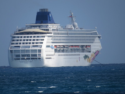 Norwegian Sky tendering to Great Stirrup Cay