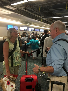 Joni Ellis [Tour Coordinator] Meeting David @ Orlando Airport
