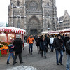 Smaller produce market in Lorenzer Platz in front of St. Lawrence Church.