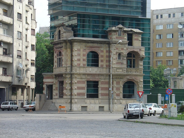 Bucharest, Romania032