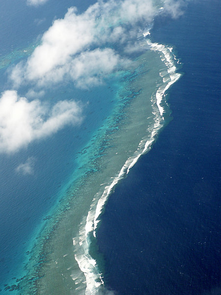 Barrier reef as seen from the air, on our flight from Suva on Viti Levu to Taveuni.