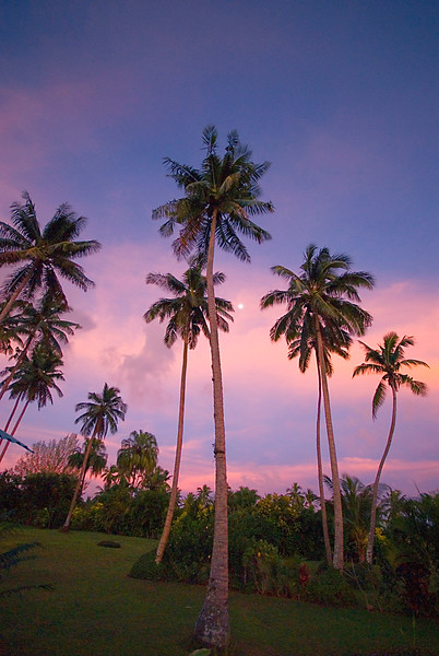 Sunrise and moonset, Makaira by the Sea, Taveuni.