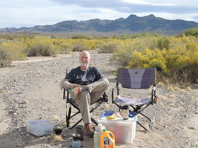 Joe at our scenic breakfast stop in Kingston Wash on 11-06-2017. Photo by Sherry