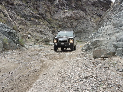 Joe drives up the Goler Wash step, 2 of 3.  03-18, photo by Sherry.