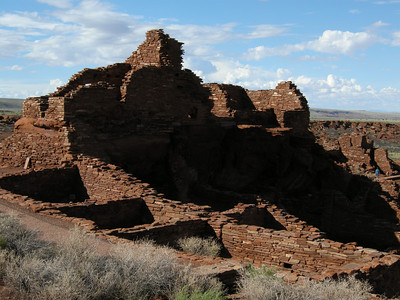 The main ruin at Wupatki National Monument. In the 1920s and 30s, the Visitor Center was INSIDE the ruin! Thankfully, a bit more logic, care, and respect is shown nowadays.