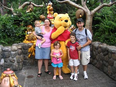 DisneyLand Frank's Family June 2006