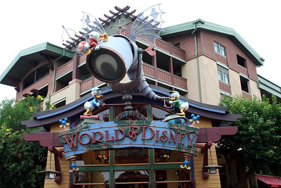 This is the Disney Store in Downtown Disney. Lorinda & I spent a few hours looking around.