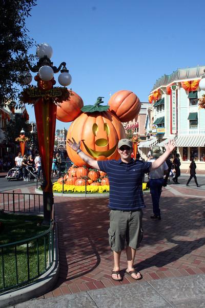 Look Mom I am at Disneyland.