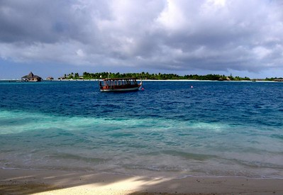The Dhoni - a traditional Maldivian ferry boat