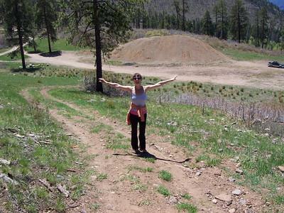 Caroline hiking up to Wallace lake.