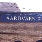Store sign -- Aardvark antiques.