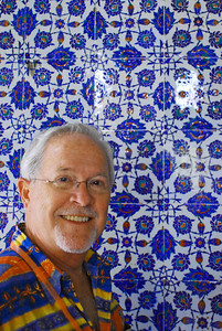 Bill standing in front of beautiful tiled wall at Topkapi Sarayi