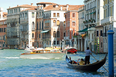 Boat Traffic on the Grand Canal