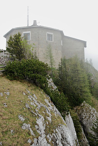 Built in just two years atop a rocky moutain top, 1200m above the valley below