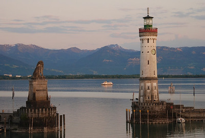 Beautiful Swiss Alps across the Bodensee.