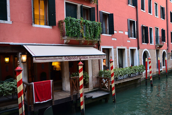 Our Hotel - Fabulous Location between Rialto Bridge and San Marco plaza