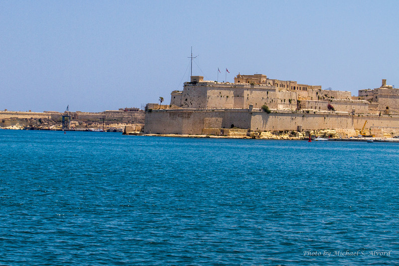 Most of the port area is built-up of these old fortress walls.