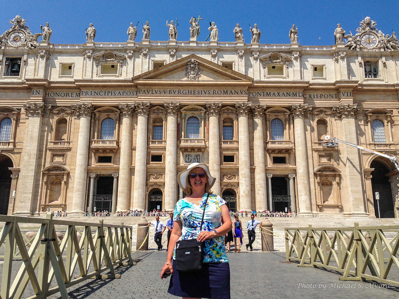 Roe in St. Peters Square.