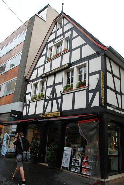 The oldest house in Bonn.