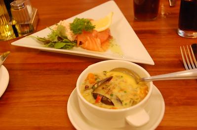 Lunch at Plockton Inn