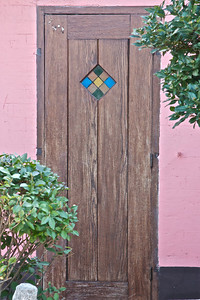 Door at side of Au Lapin Agile