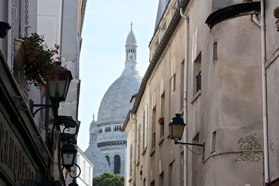 A view of sacre coeur.