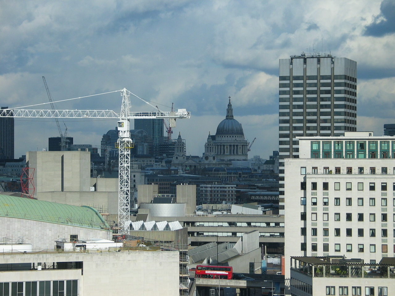 <b>St. Pauls Cathedral as seen from inside the London Eye.</b>