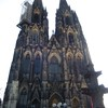 The front façade of the Cologne cathedral.
