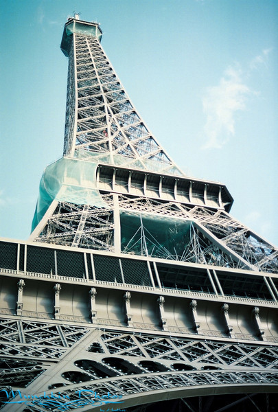 The Eifel Tower.