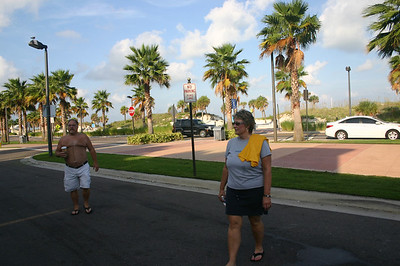 Bruce and Lynann in Florida ( 2011 )