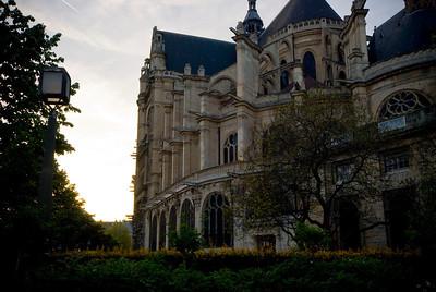 Saint- Esustache