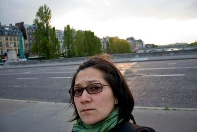 On Pont Du Carrousel