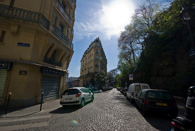 Streets just below the Sacre Coeur