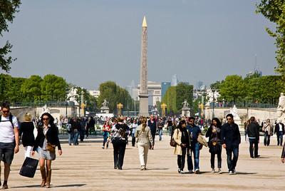 Jardin Des Tuileries, looking down to the Place de la Concorde.