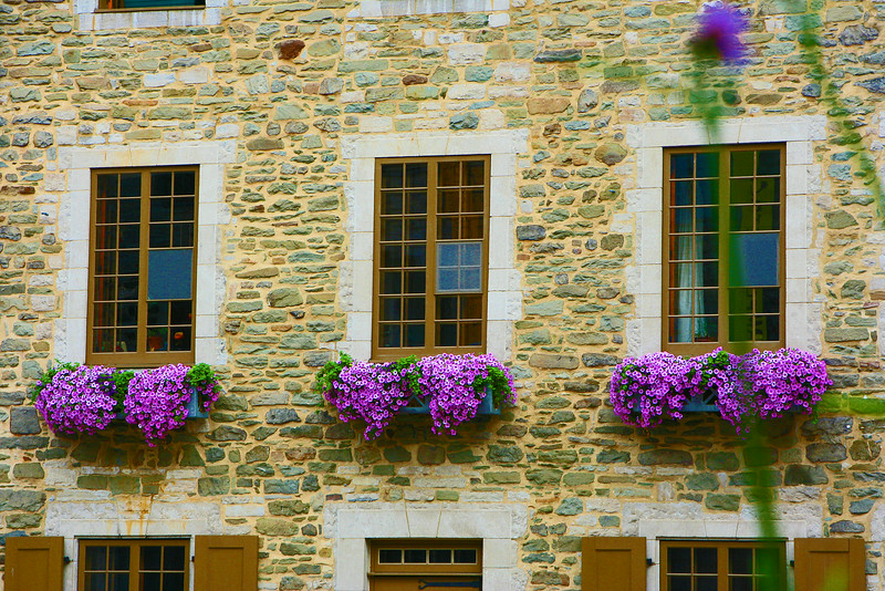 Three Windows Place Royale