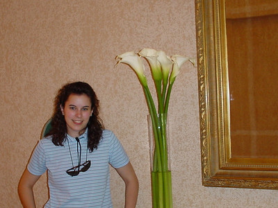I had a thing for the lillies.  They were ENORMOUS!  They also had huge arrangements of roses everywhere in the hotel.  Apparently Ecuador is known for their roses and you can get a dozen beautiful roses for $1 (they go up to $5 on Valentine's Day!)