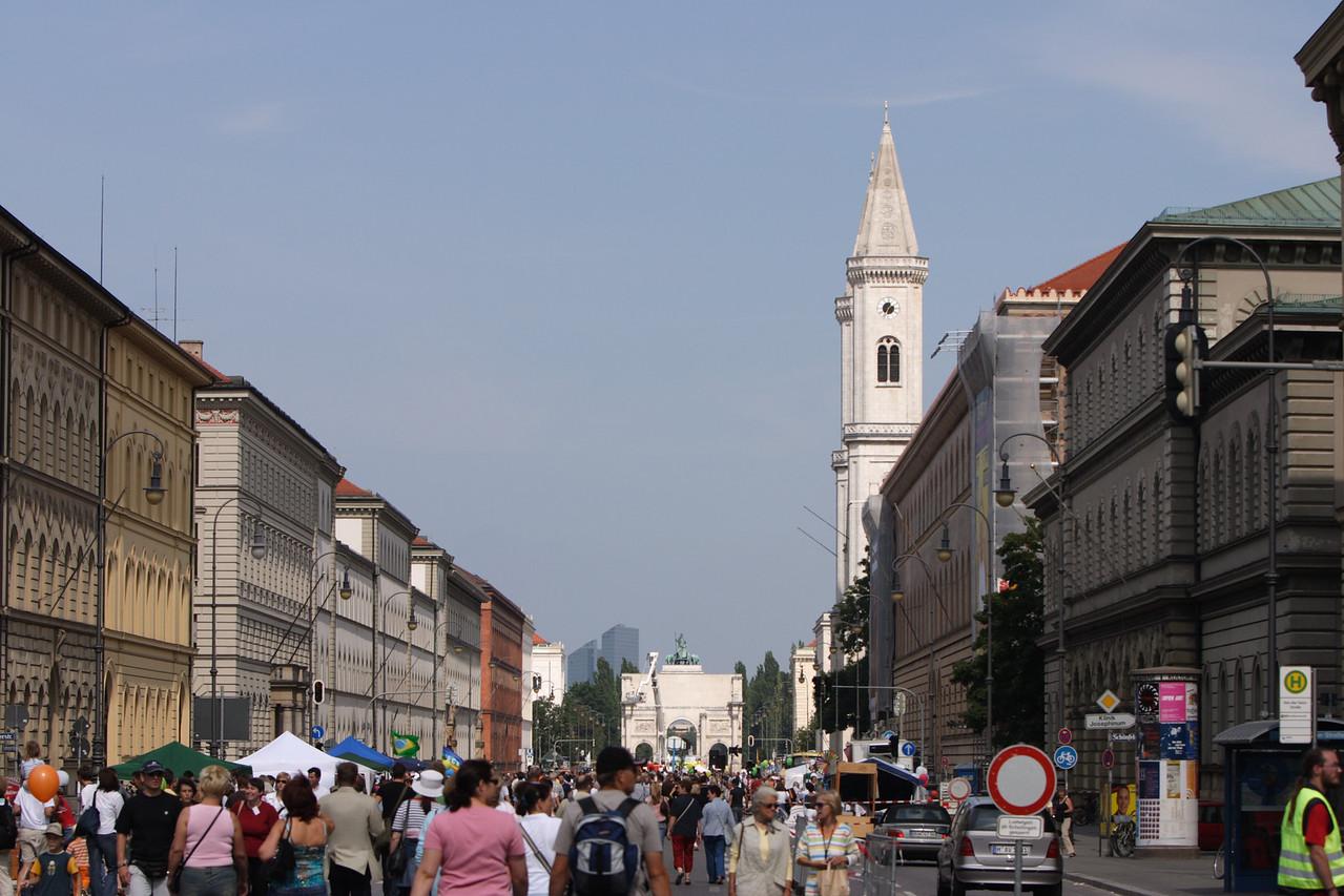 Street fair along Residenzstrasse - Munich