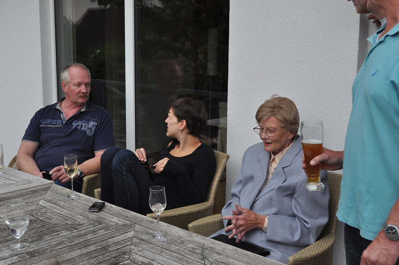 Ulli, Katrin, und Omi Elisabeth