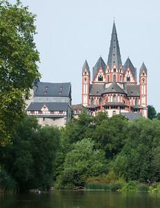 Rudern auf der Lahn Limburger Dom