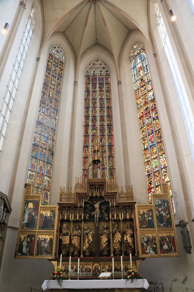 The Altarpiece of The Holy Blood dates to 1504.