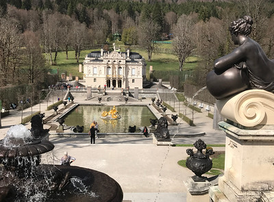 Beautiful fountains were everywhere at Schloss Linderhof.
